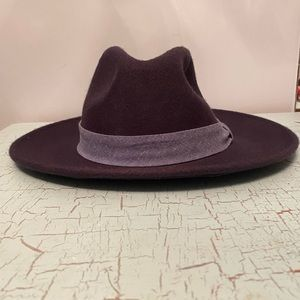Chico's felt hat, fedora, very dark navy blue.